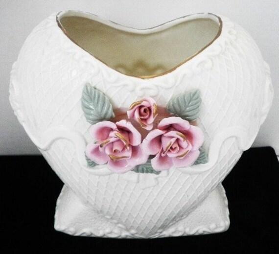 Ceramic Heart Flower Vase for Mothers Day