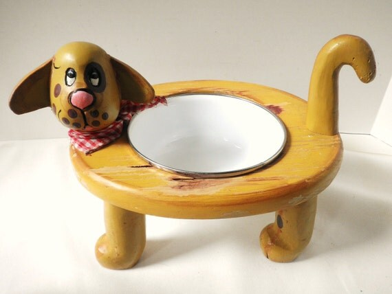 Cute Standing Dog Dish