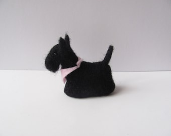 Small needle felted Scotch terrier