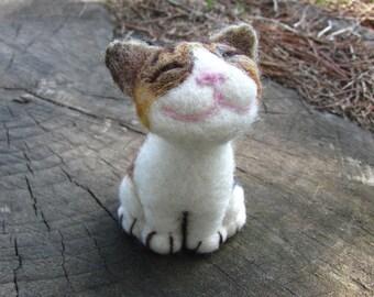 Neko, needle felted smiling cat
