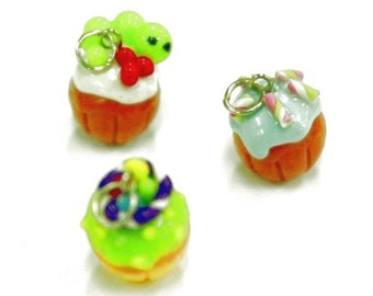 Miniature Cupcakes Polymer Clay Foods Supplies for Beaded Jewelry Charm, 3 pcs