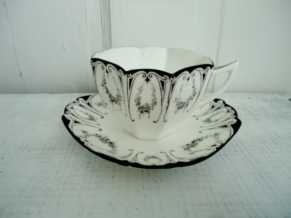 Vintage Shelley Garland Tea Cup and Saucer