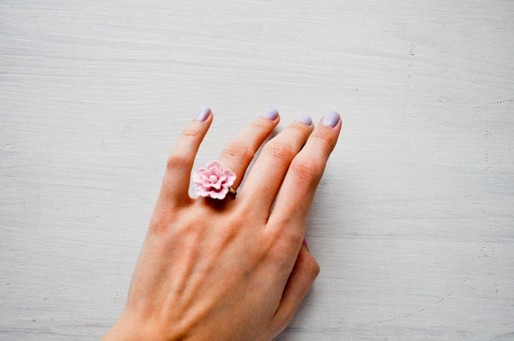 darling i love you -ring (dusty blush pink cherry blossom cabochon on a sliver one size setting)