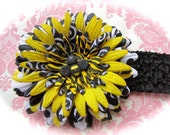 Bumble bee spring or summer 4.5 inch flower on alligator clip removable from 3 or 1.5 you choose size headband