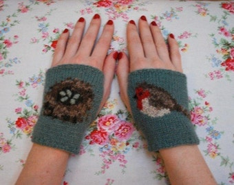 sweet robin wrist-ees KNITTING PATTERN