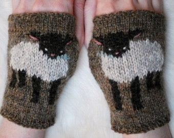 baby lamb cuffs KNITTING PATTERN