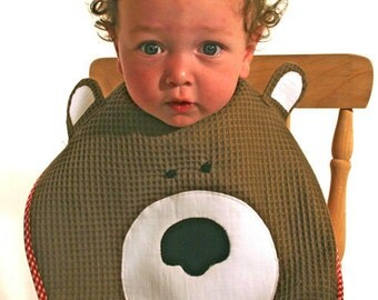 PATTERN: Baby Bear Bib