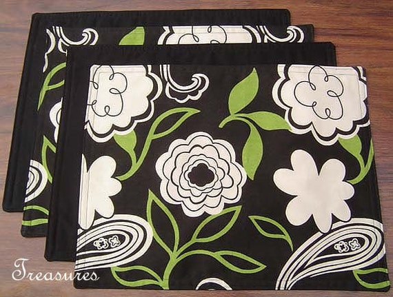 PLACEMATS Set of 4 Reversible to Update your Kitchen Table