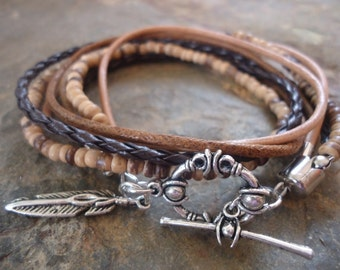 MEXCLA IN BROWN leather Wrap Bracelet with coconut Beads and feather (6)