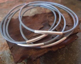 silver GREY LEATHER BANGLES Bracelets set of 5  (118)