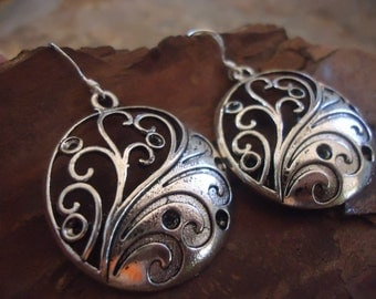 Last DECORATED TENDRILS 925 silver hooks earrings with tibean silver (1383)