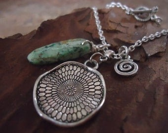 SPIRAL & TURQUOISE necklace with Tibetan silver (58)