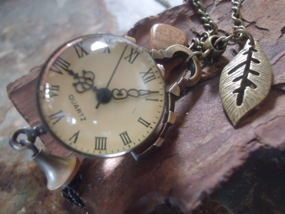 TIME IN A BUBBLE long pocket clock necklace in Vintage Style with leaf and Jasper