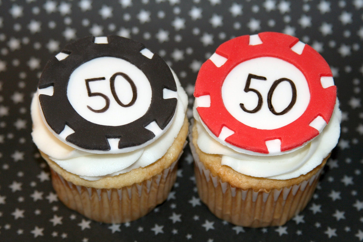 Casino chip cups and play casino games