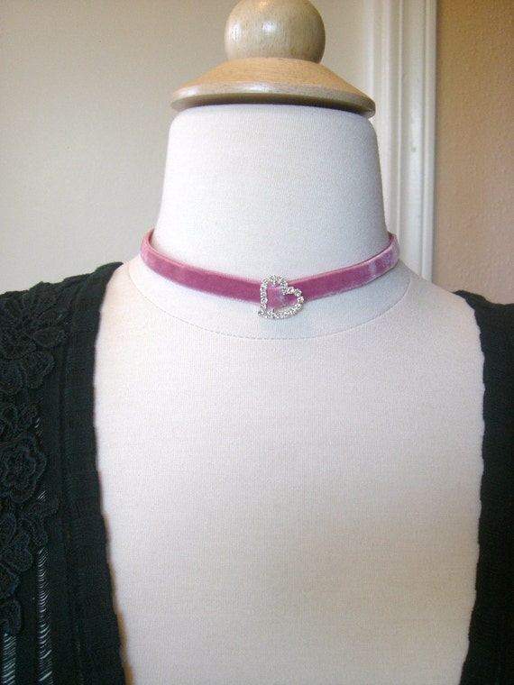 SALE - Gorgeous Victorian Inspired Rose Pink Velvet Choker with High Quality Crystal Slide (petite version)