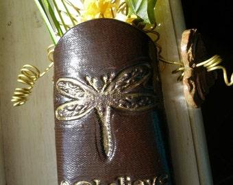 Dragonfly wall pocket