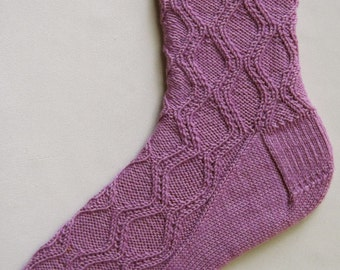 Knit Sock Pattern:  Hourglass Socks