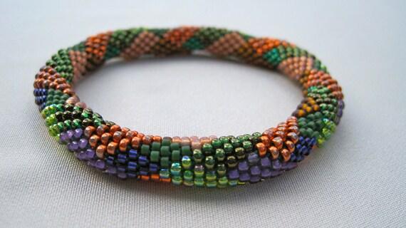 Bead Crochet Pattern:  Jigsaw Diamonds and Rectangles  by Linda Lehman