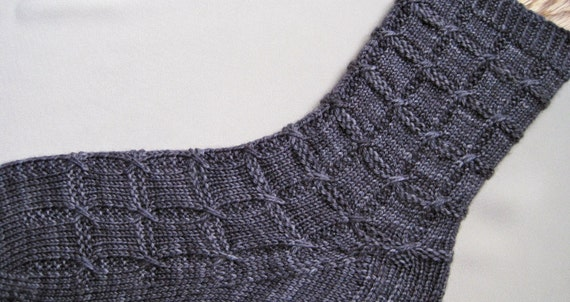 Cable Knit Socks Pattern : Knitted Sock Pattern: Slipped Cable Knitting Sock Pattern