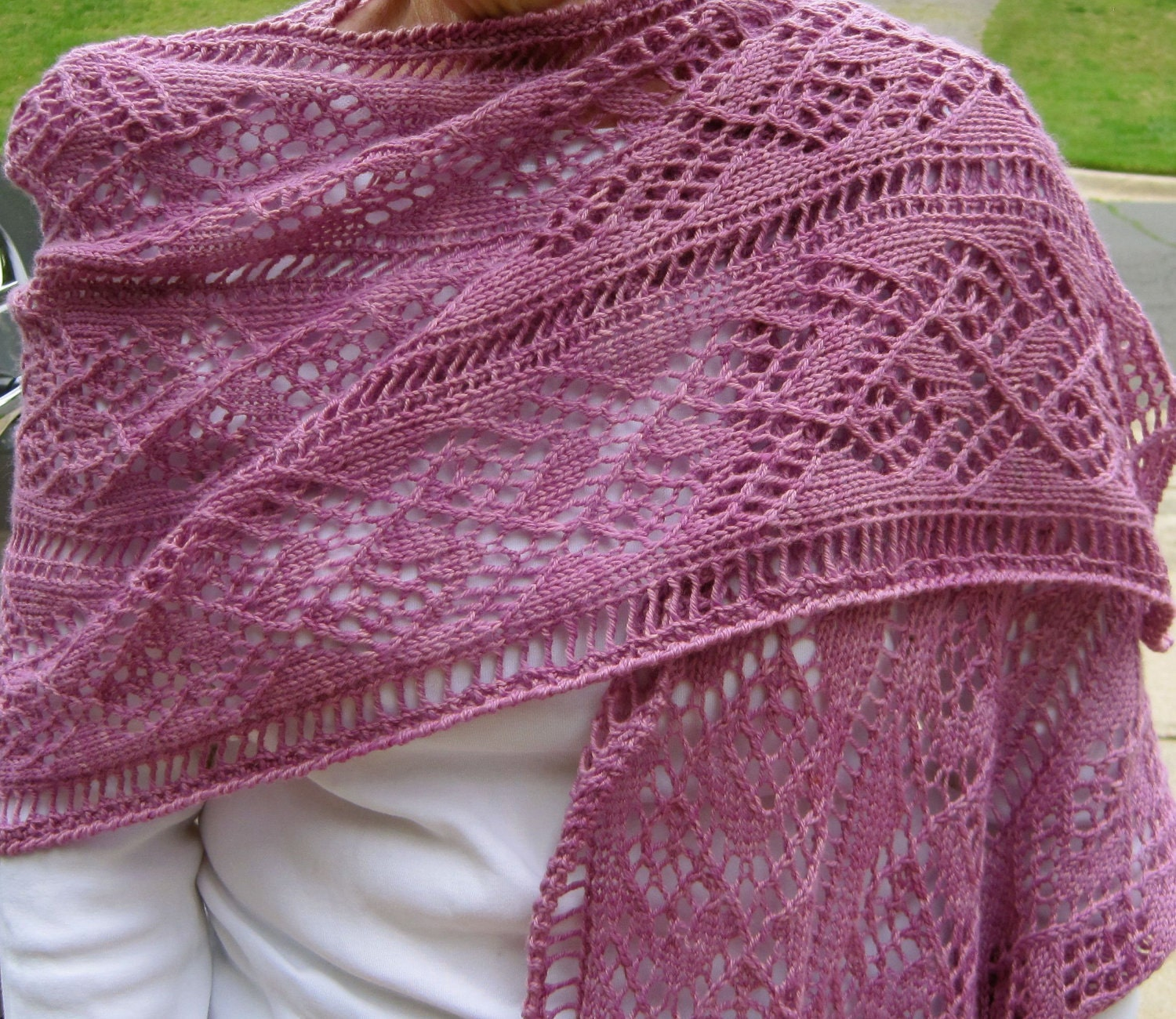 Knitting Patterns For Lace Shawls : Knit Wrap Pattern: Ladder and Lace Light Wrap Knitting