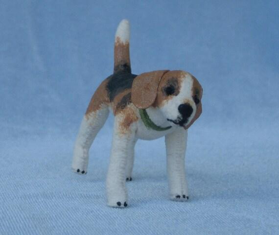 Beagle Soft Sculpture Miniature by Marie W. Evans