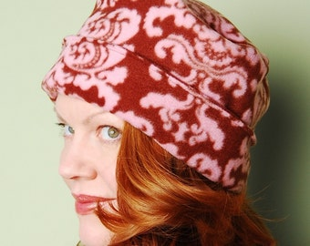 polar fleece winter hat- BETSY- Neapolitan Damask- size M