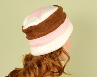 polar fleece winter hat- STAR- Neapolitan- size M/L