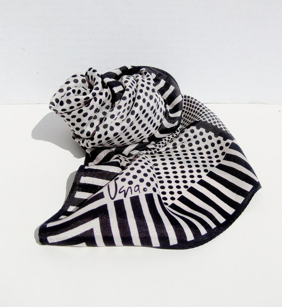 Vintage Vera Scarf Black and White