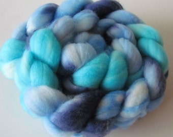 Superwash merino spinning top Water, roving
