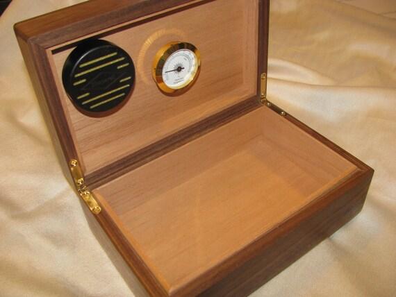 Walnut Humidor with a Mahogany cover panel- box no. 69