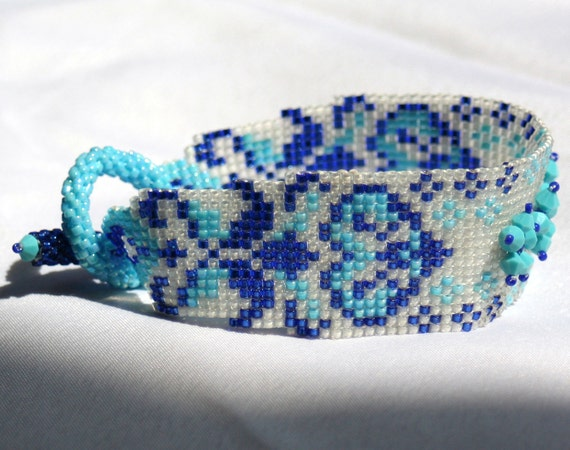 Dutch Blue colors Seed Beadwoven Cuff with Swarovski Elements