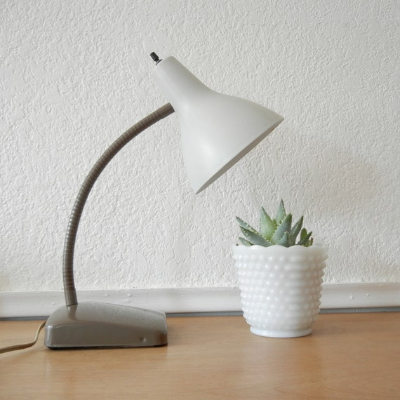 White Gooseneck Desk Lamp, Works