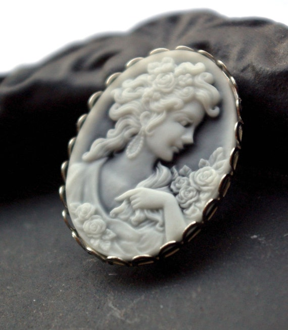 He Loves Me - Cameo Brooch
