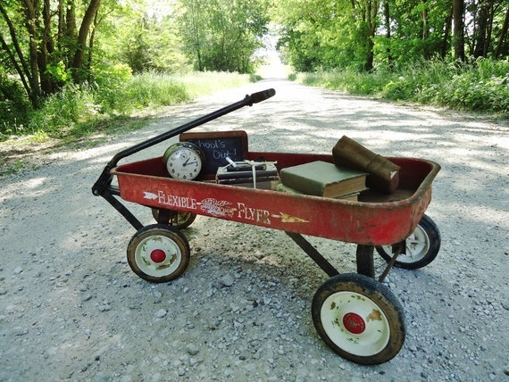 Red Wagon - Full Size Child's Metal Wagon - Flexible Flyer Chippy