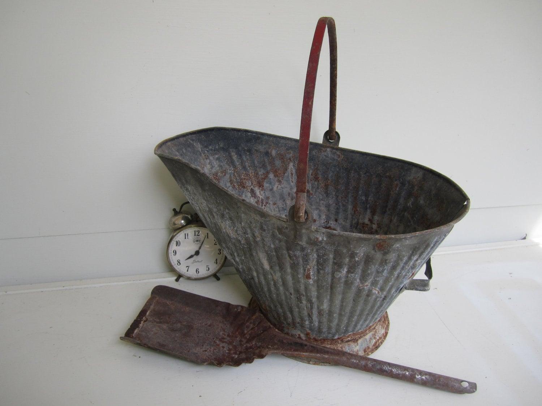 Vintage galvanized metal bucket with shovel ash bucket for Old metal buckets