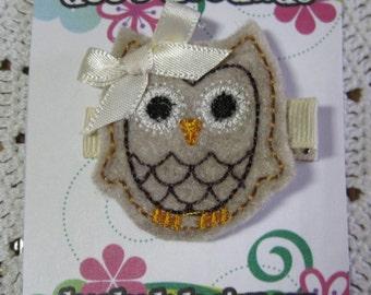 Tan, Cream Ollie the Owl Hair Clip