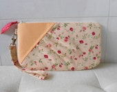 Zipper Gathered Wristlet Detachable Strap Red Roses, Peach Color (WL28)