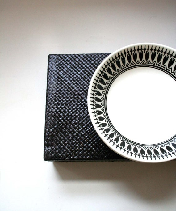 Three Ceramic Bowls in Black and White Bold Geometric Pattern