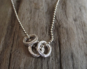 Rustic rings necklace