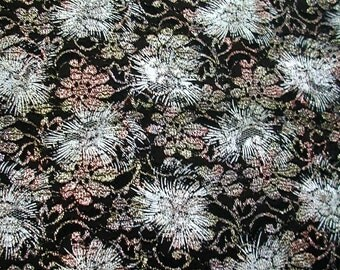 Printed Starburst on Black Metallic Lace  1 Yard  (SM98)