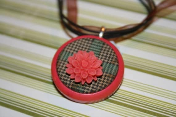 Mums the Word Fancy Nancy Button Necklace - Proceeds Benefit Cancer Research