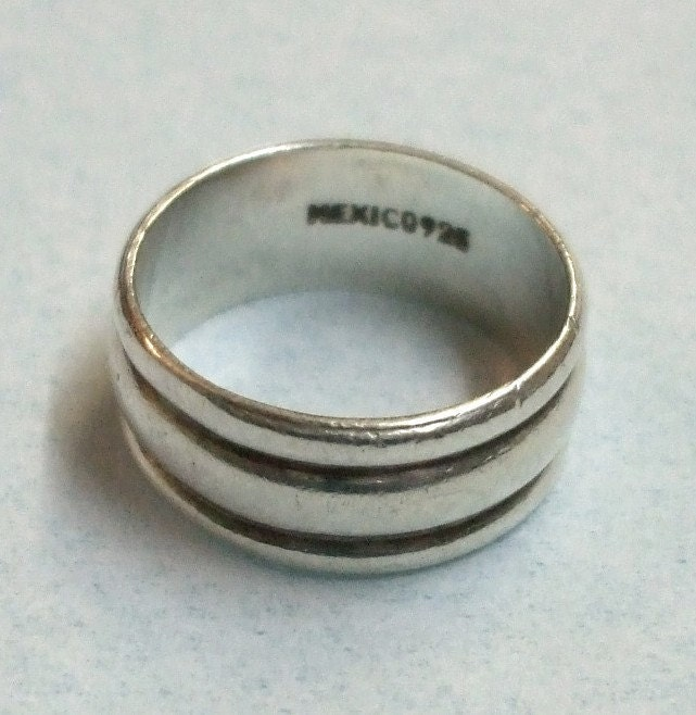 items similar to vintage mexico 925 sterling silver ring on etsy. Black Bedroom Furniture Sets. Home Design Ideas