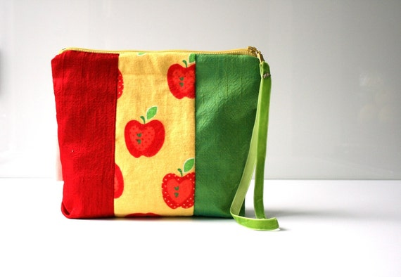 Small zipper pouch travel bag kids red apple