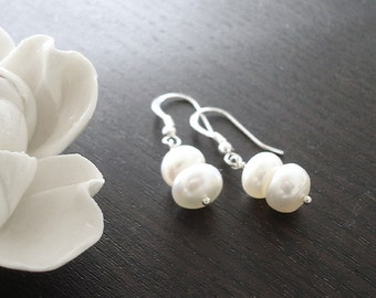 Elegant Pearl Earrings, Handmade Sterling Silver Wire Wrapped Bohemian jewellery, Bridesmaids Gift for her, Bride Bridal, Real White Pearls