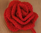 Crocheted flower brooch - red
