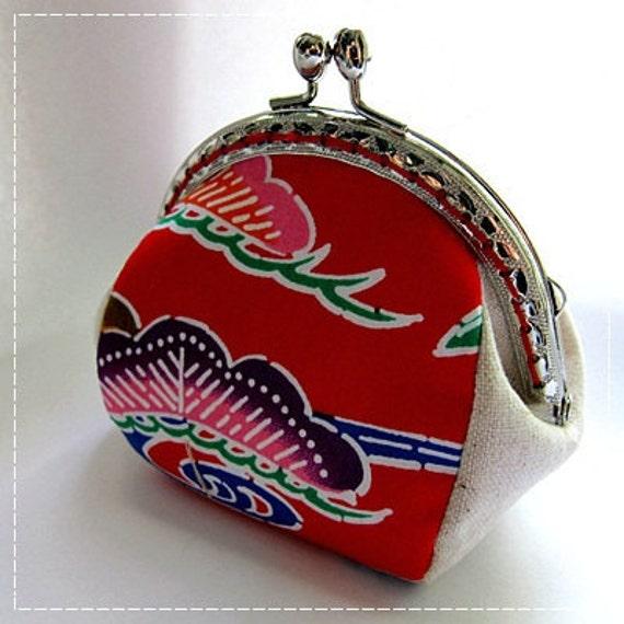 FREE SHIPPING - Handmade Coin Purse Okinawa Red