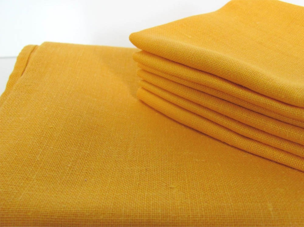 Vintage Yellow Linen Table Linens by gracesestate on Etsy