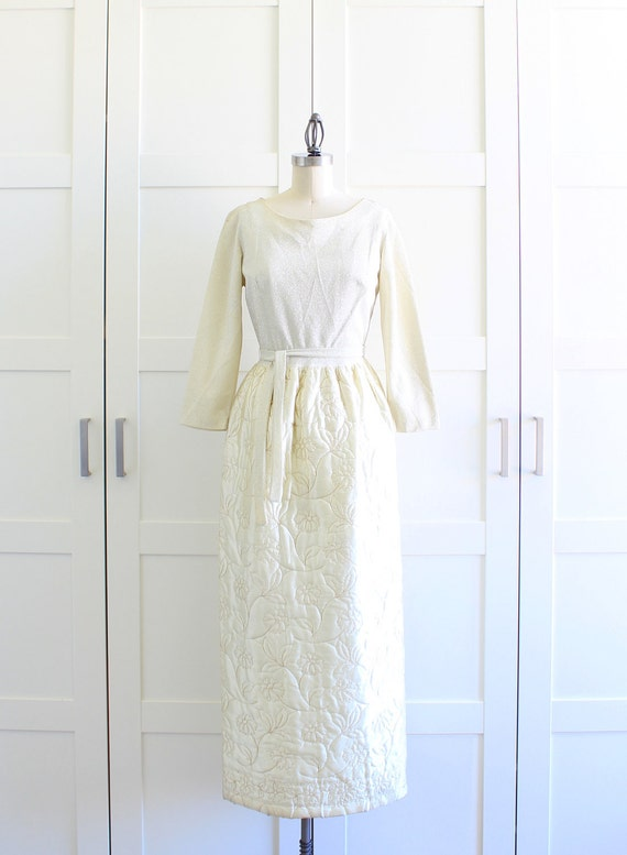 Vintage Evening Gown / Long Sleeve Maxi Dress / Ivory Wedding Dress / Medium