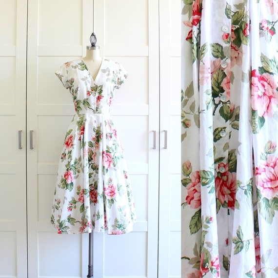 Floral Print / 50s Shirtwaist Dress / Floral Dress / Button Front Dress / Large