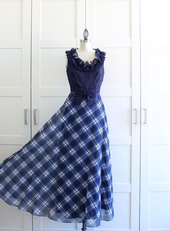 Vintage Evening Gown / Plaid Maxi Dress / 60s Ruffle Collar Dress / size Small